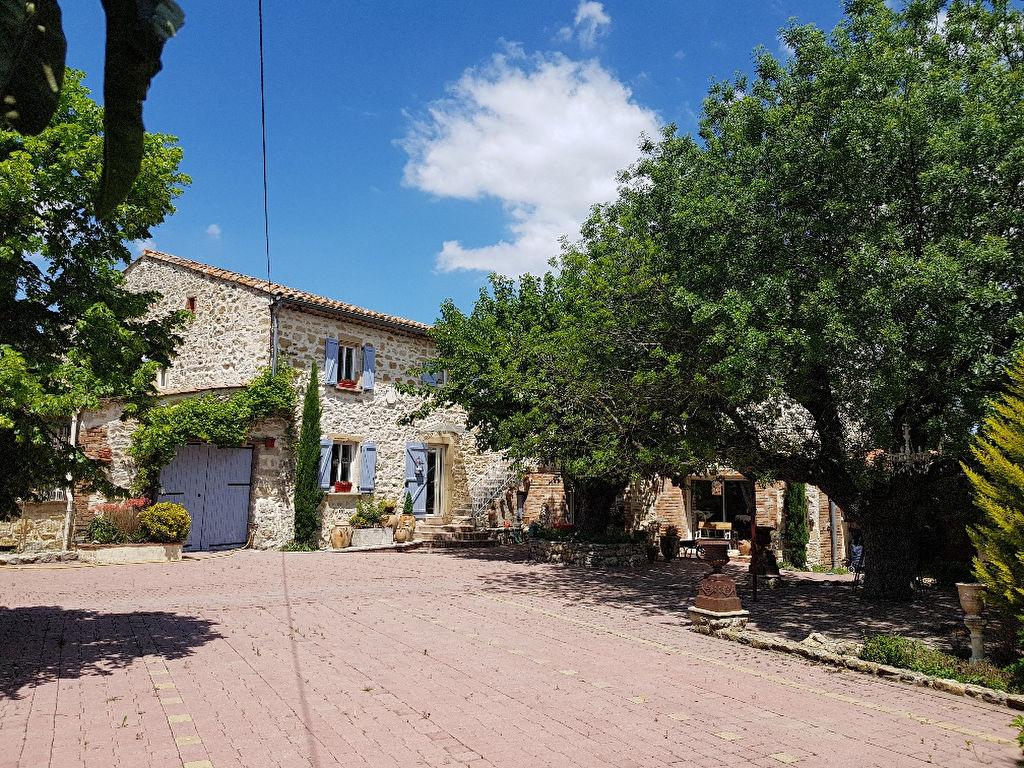 A vendre St Privat des Vieux Mas  9 pièces 238 m2 habitable terrain 2 hectares piscine possibilité de chambres d'hôtes