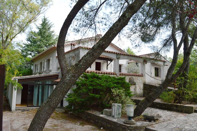 Maison Saint Christol Les Ales type 5 avec studio indépendant terrain 3285 m2