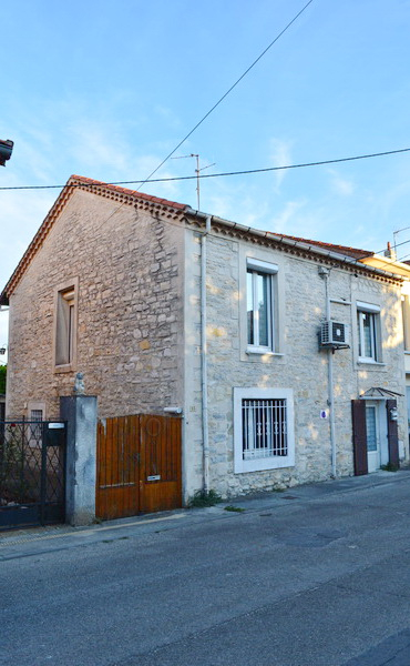 Maison Ales 4 pièces 68 m2 (Possibilité de 2 appartements) terrain 425 m2