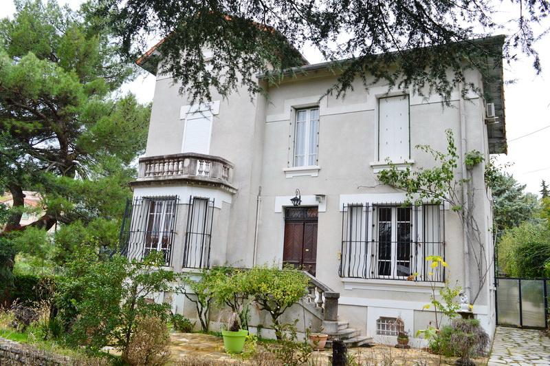 Alès maison de Maître  240 m2 hab. 10 pièces terrain 1562 m2