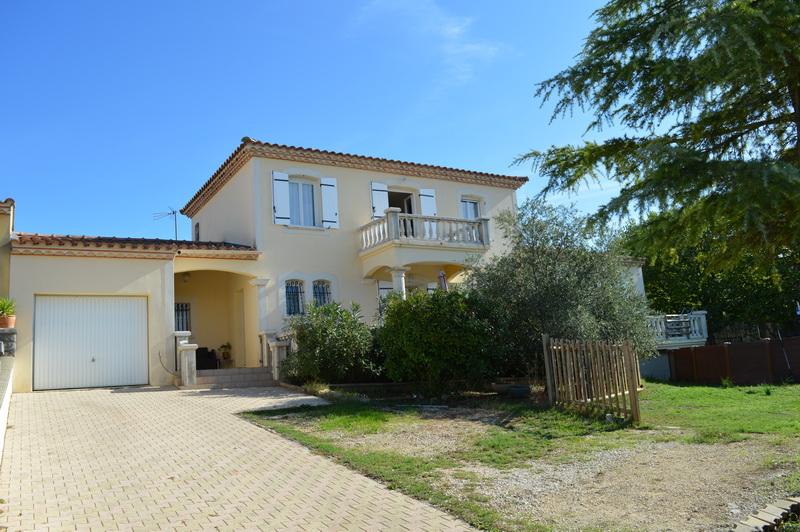 Villa  6 pièces terrain 815 m2