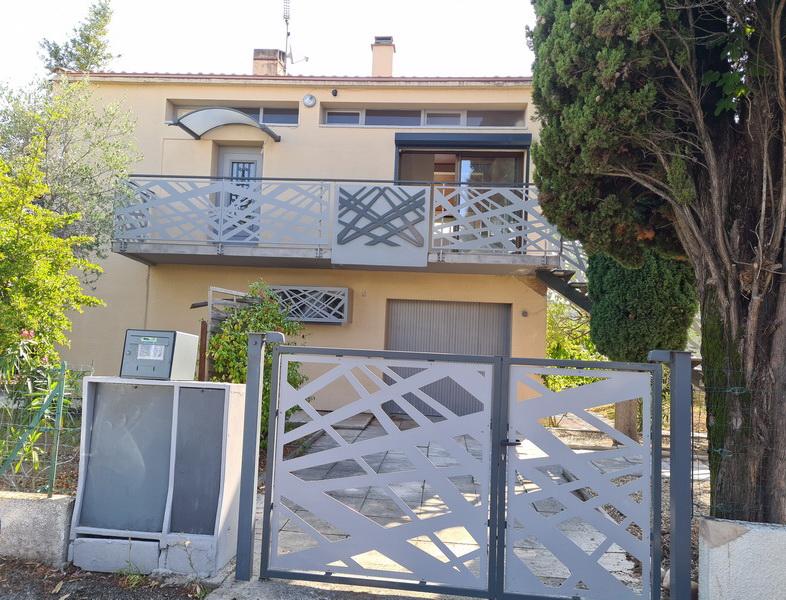 Maison  type 7 terrain 527 m2 proche commodités