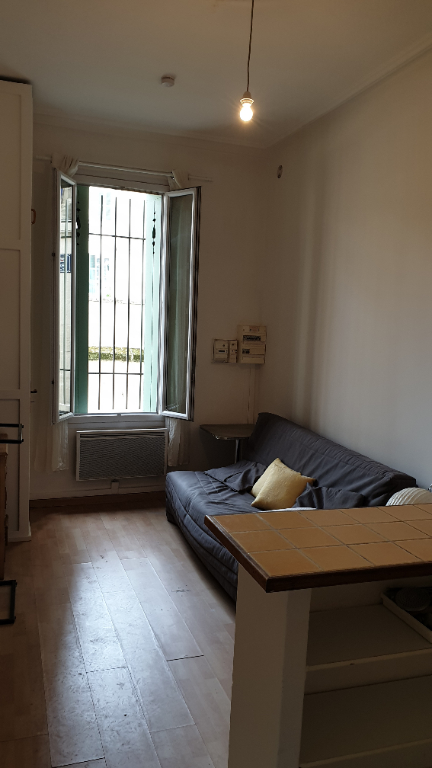 APPARTEMENT T.1.  INTRA-MUROS AVIGNON