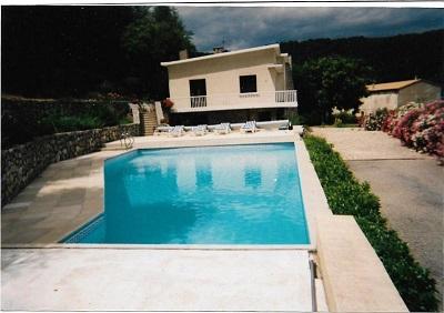 SOUS COMPROMIS  A 5 mn de PRIVAS Belle Villa