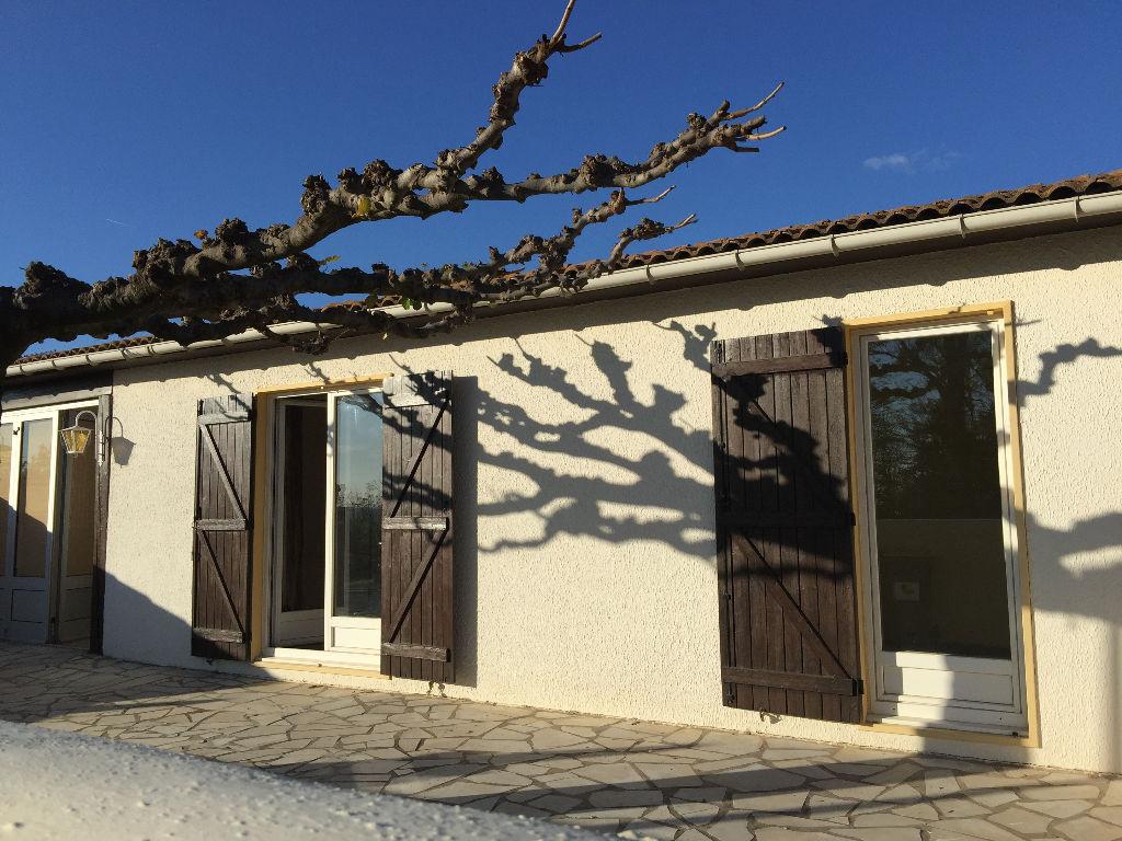 Villa Corneilhan 4 pièce(s) 85 m2
