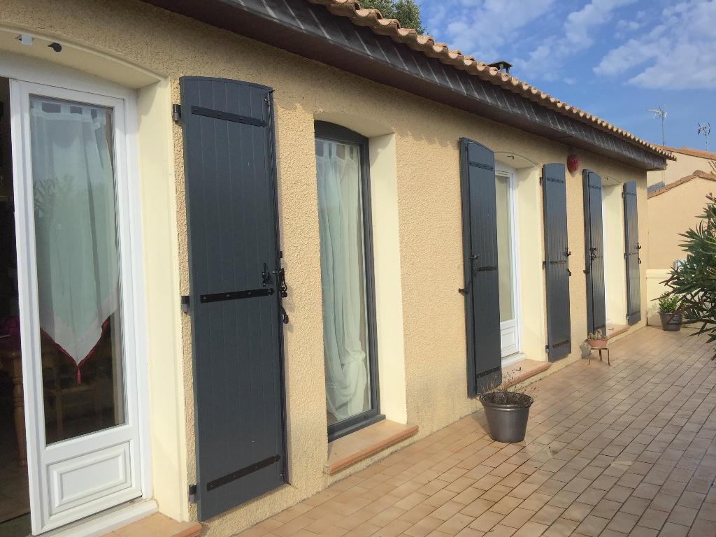 Villa Lignan Sur Orb 6 pièce(s) 90 m2