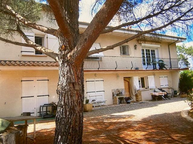Maison  10 pièce(s) 238 m2