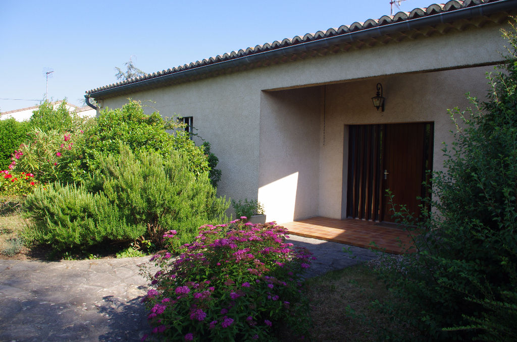 Villa Les Granges Gontardes 5 pièce(s) 149 m2