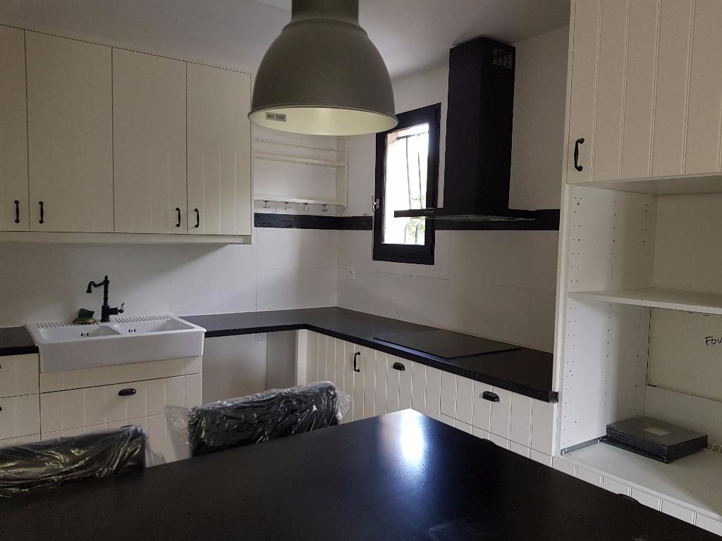 Appartement 84500 Bollene 3 pièce(s) 59 m2