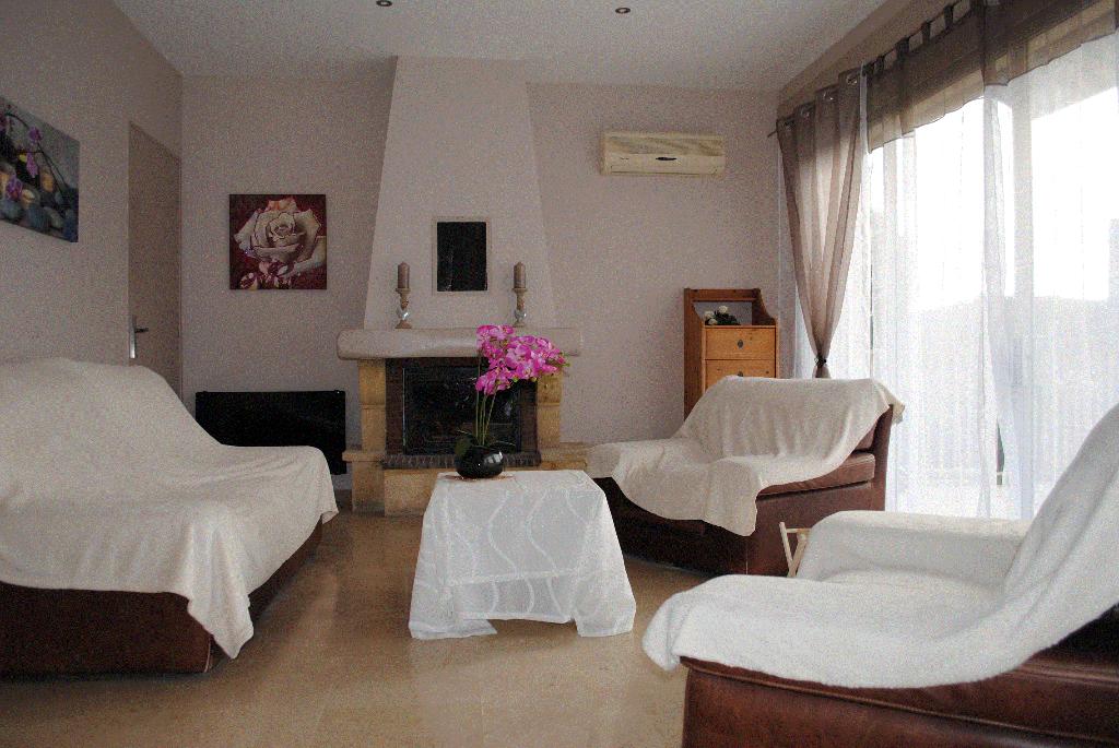 Maison 84500 Bollene 5 pièce(s) 230 m2