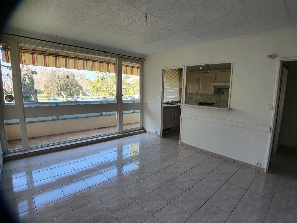 Appartement Lapalud 84840 3 pièce(s) 53 m2