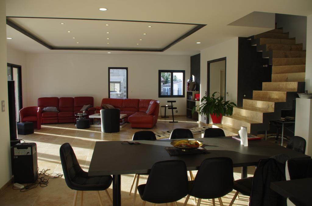 Maison  84500 Bollene 6 pièce(s) 160 m2