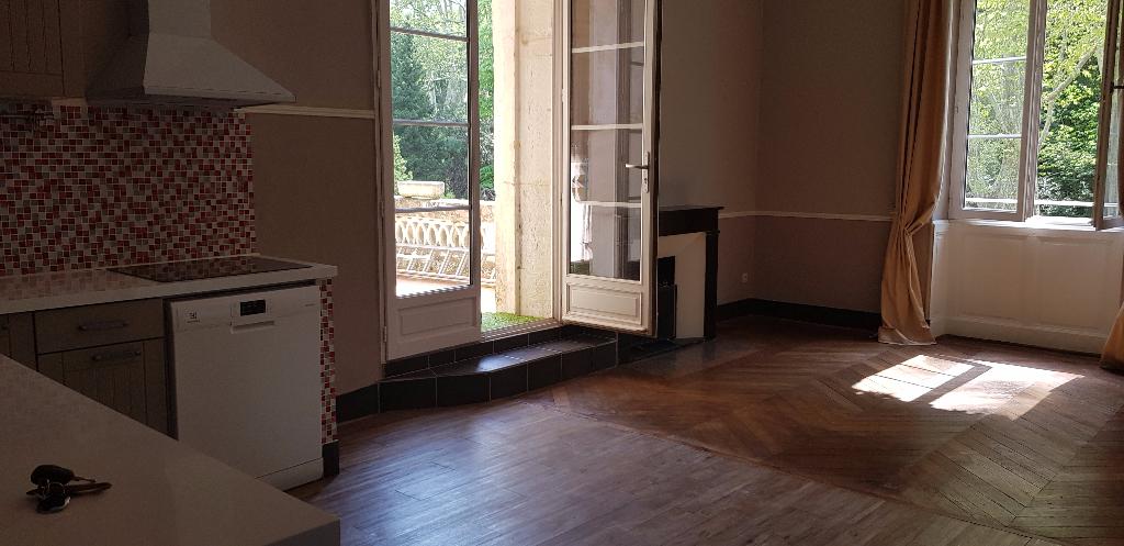Appartement Bollene 4 pièce(s) 121 m2