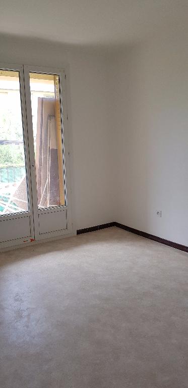 Appartement Bollene 3 pièce(s) 58 m2
