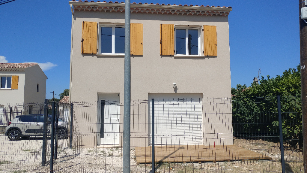 Maison 84500 Bollene 4 pièce(s) 84.05 m2