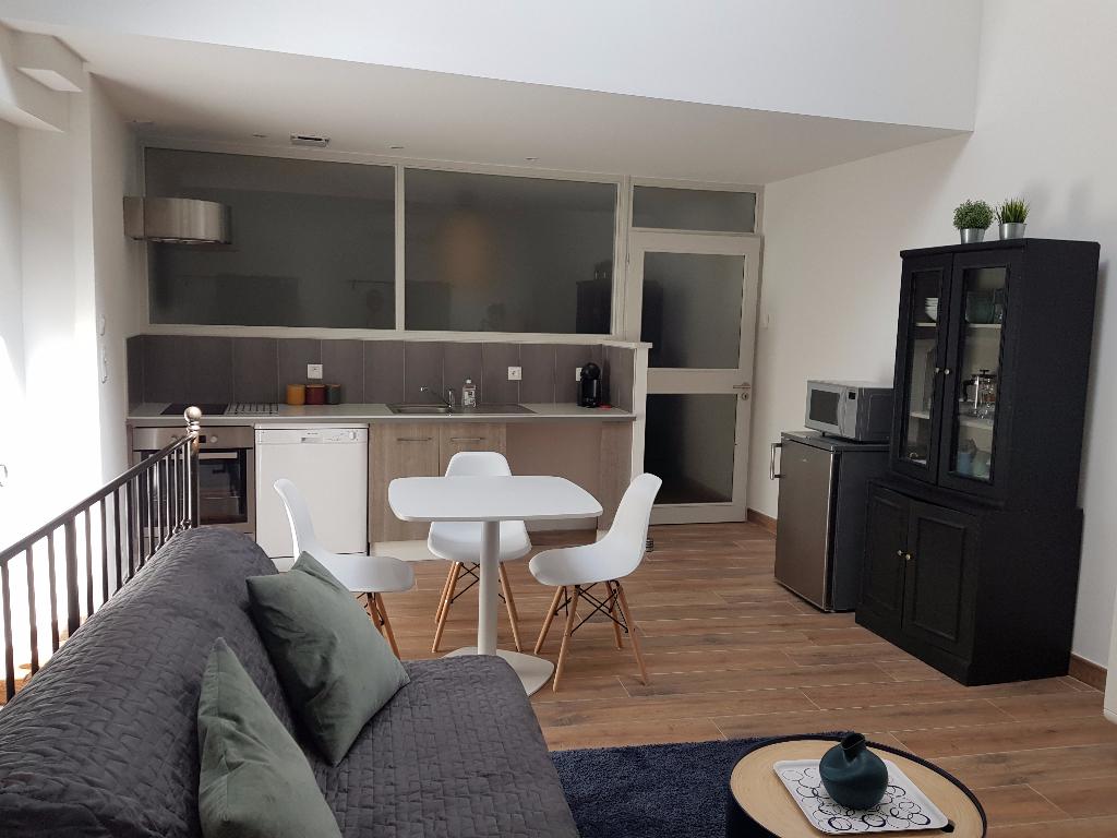 Appartement 2 pièce(s) meublé 26790 Tulette