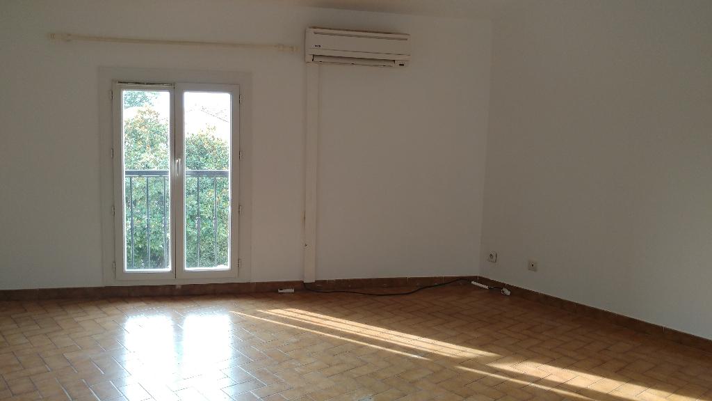 Appartement 84430 Mondragon 3 pièce(s)