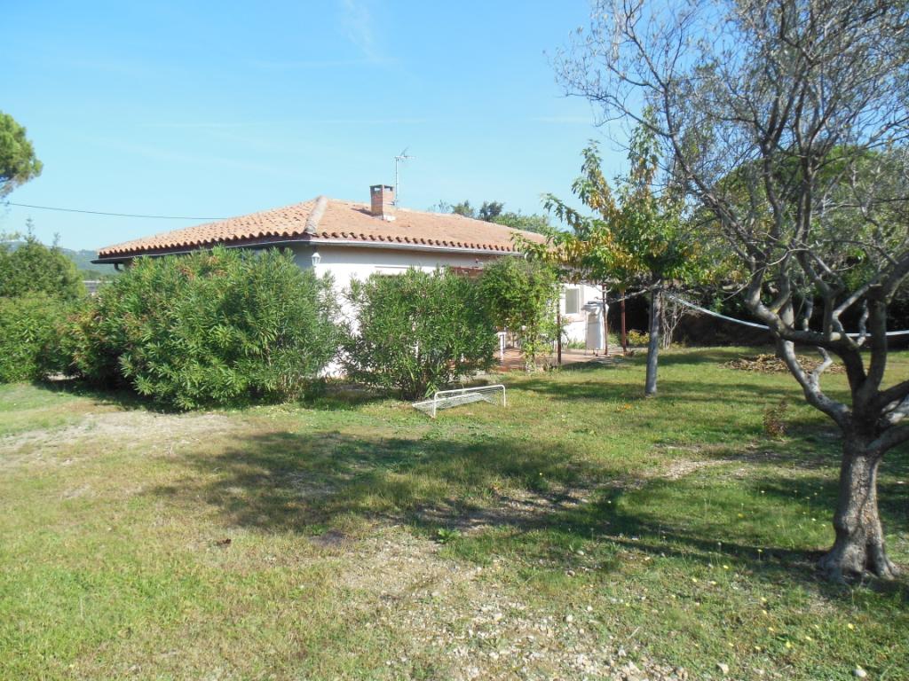 maison 5 piece(s) 84500 bollene 105 m²