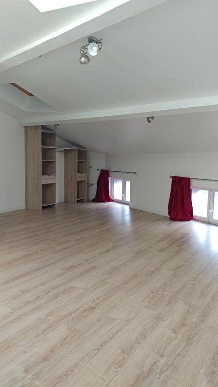 Appartement Bourg Saint Andeol 07700 1 pièce(s) 38.13 m2
