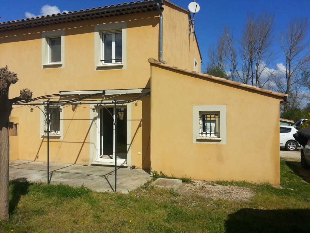 Maison Pont Saint Esprit 30130 4 pièce(s) 90.72 m2