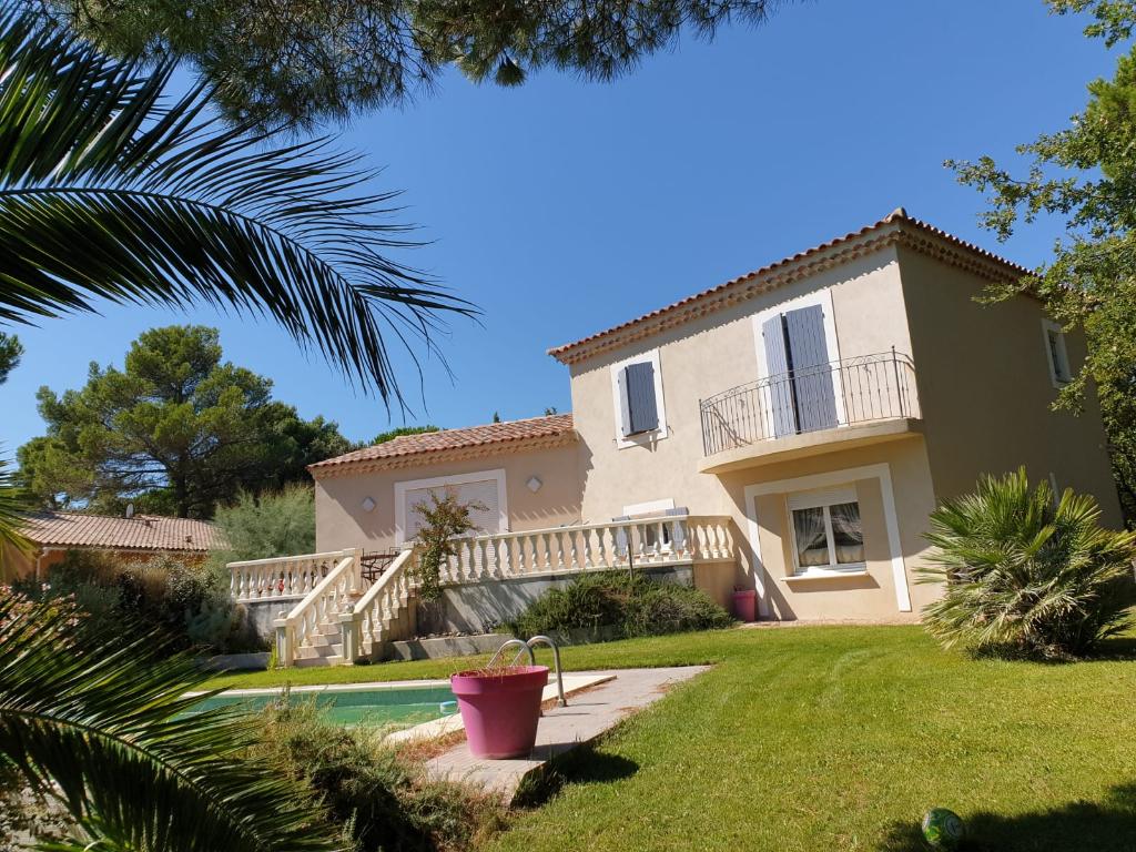 Villa 26790 Rochegude 6 pièce(s) 146.5 m2