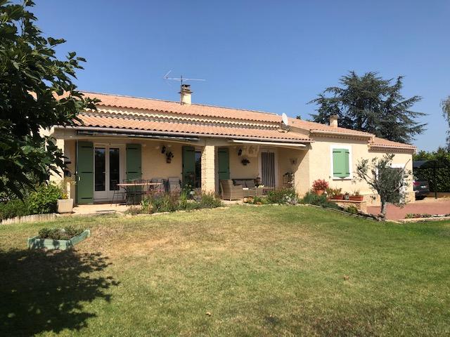 Villa Lapalud 4 pièce(s) 137 m2