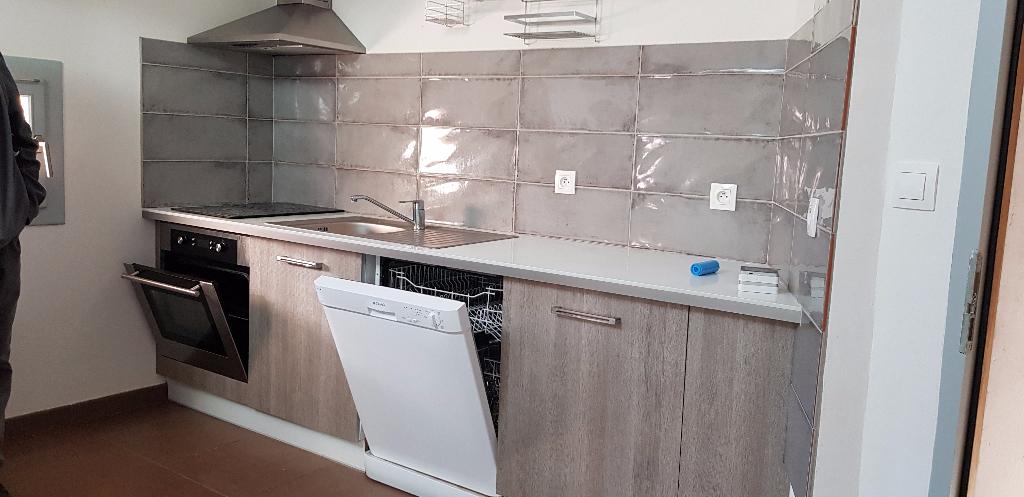 Appartement  26790 Tulette 3 pièce(s) 85.9 m2