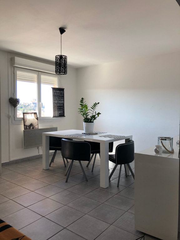 Appartement 84500 Bollene 3 pièce(s) 71.36 m2