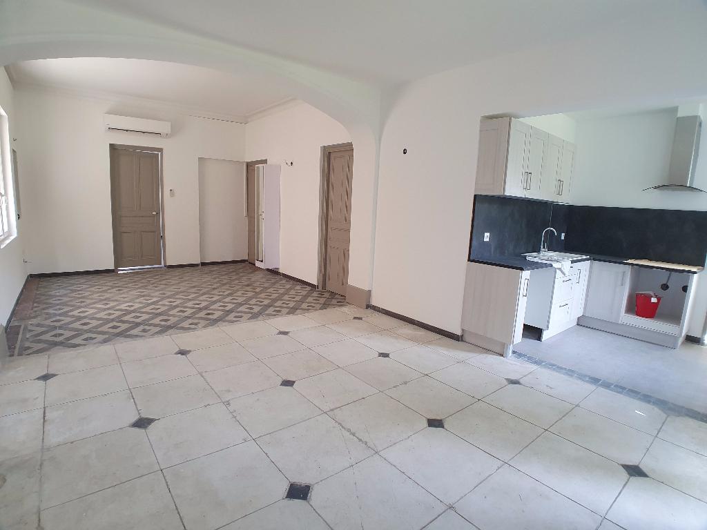 Appartement 84500 Bollene 3 pièce(s) 120 m2
