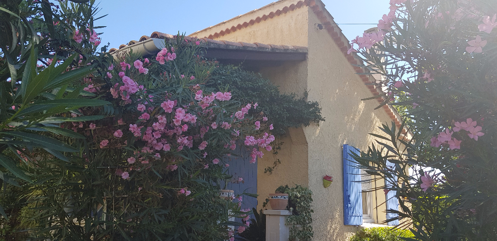 Villa 84500 Bollene 4 pièce(s) 95 m²
