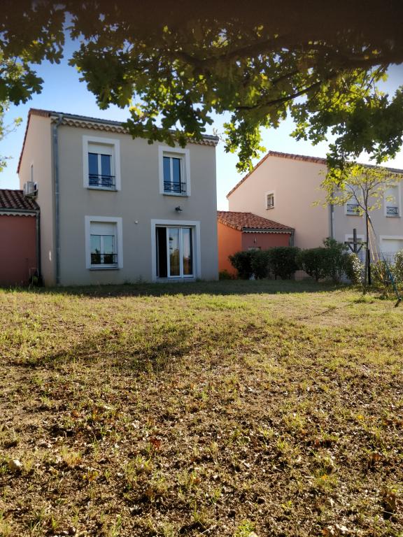 villa 4 piece(s) 26130 saint paul trois chateaux 88 m²