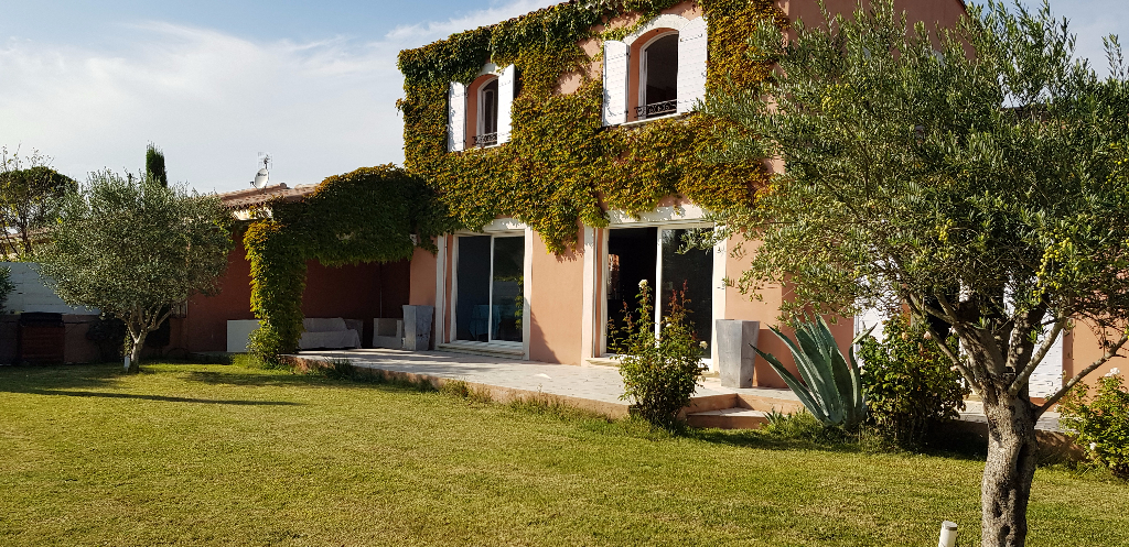 Villa 84500 Bollene 7 pièce(s) 159 m2