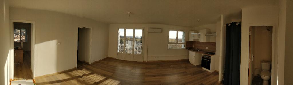 Appartement  3 pièce(s) 57 m2 84500 Bollene