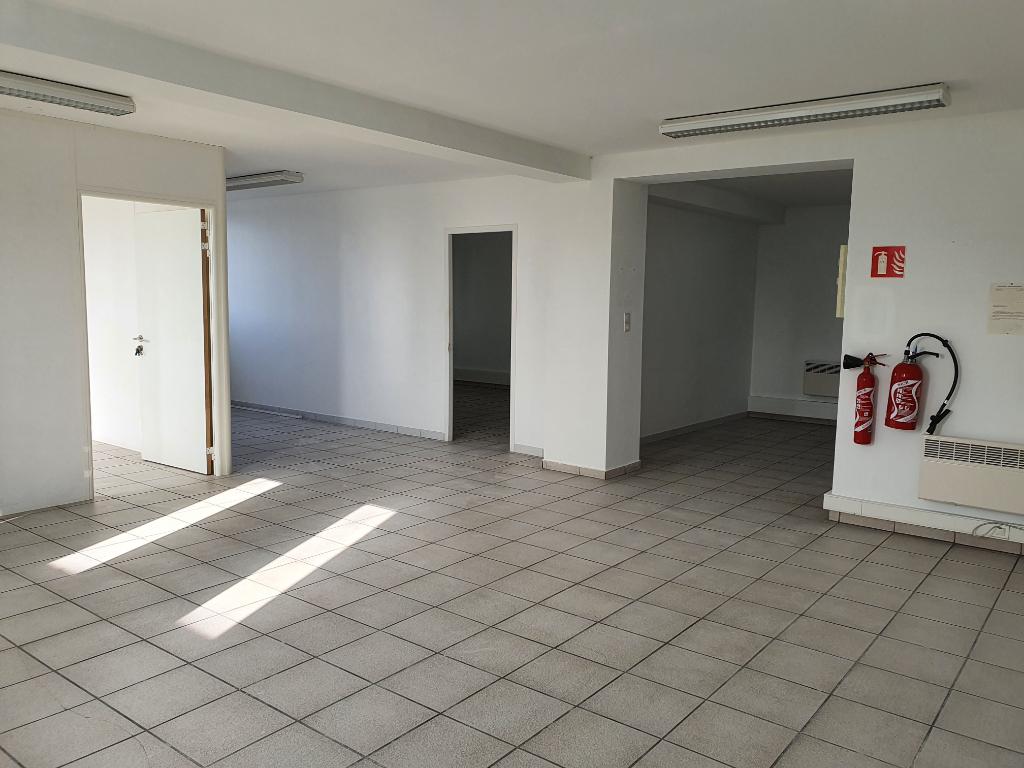 Bureaux 84100 Orange 5 pièce(s) 99 m2