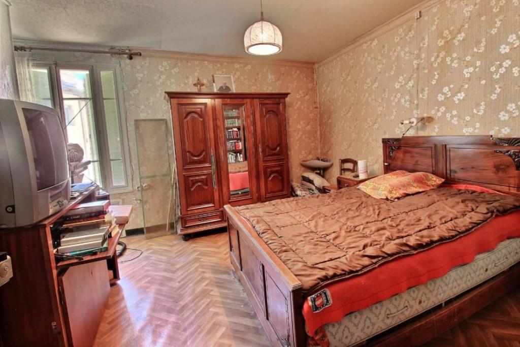Maison de ville de 115 m²  84500 Bollene
