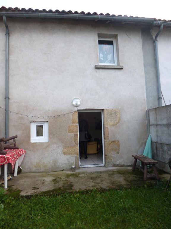 BRESSUIRE- appartement