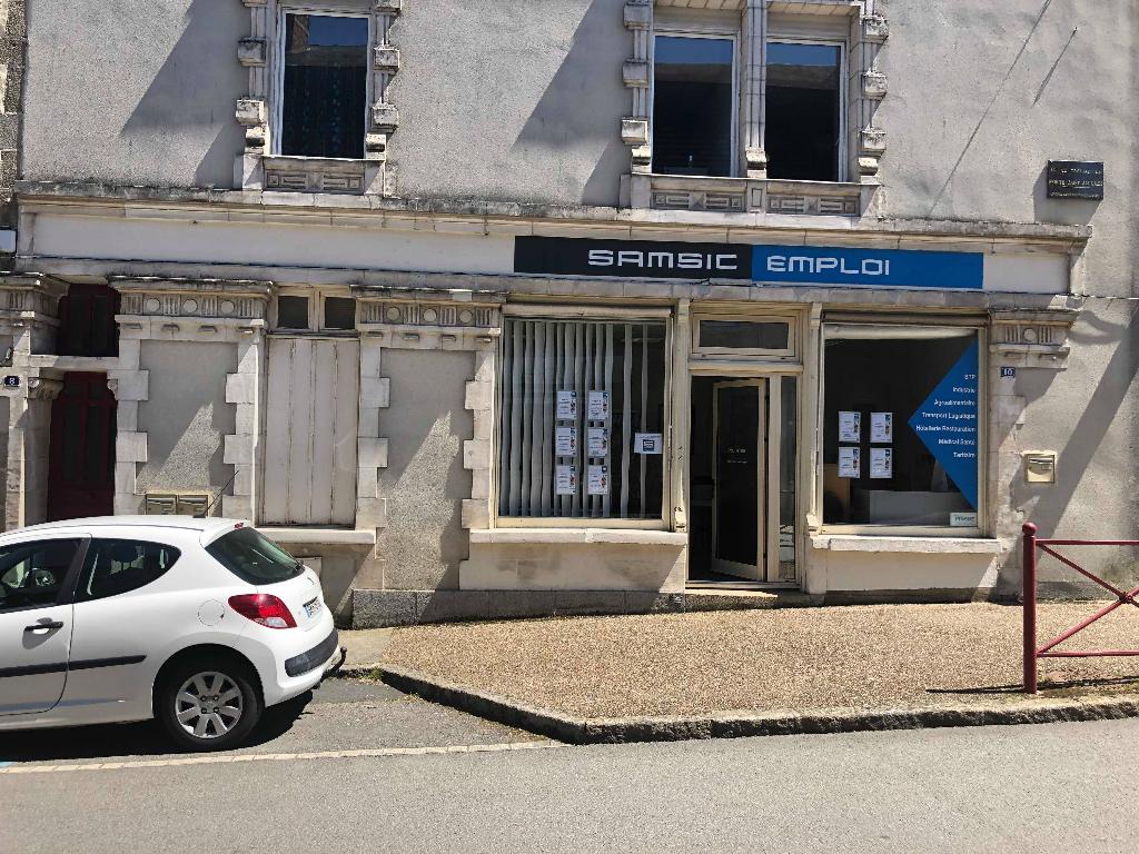Local commercial 3 Bureaux - BRESSUIRE