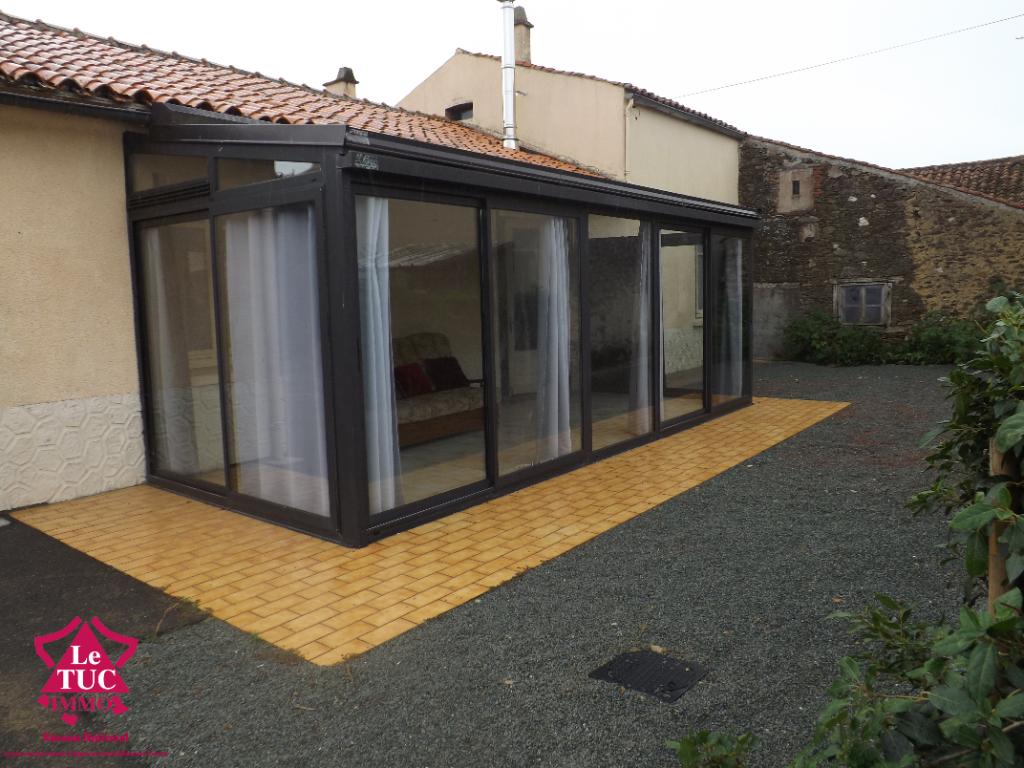 Maison St Maurice Le Girard 5 pièce(s) 87.54 m2