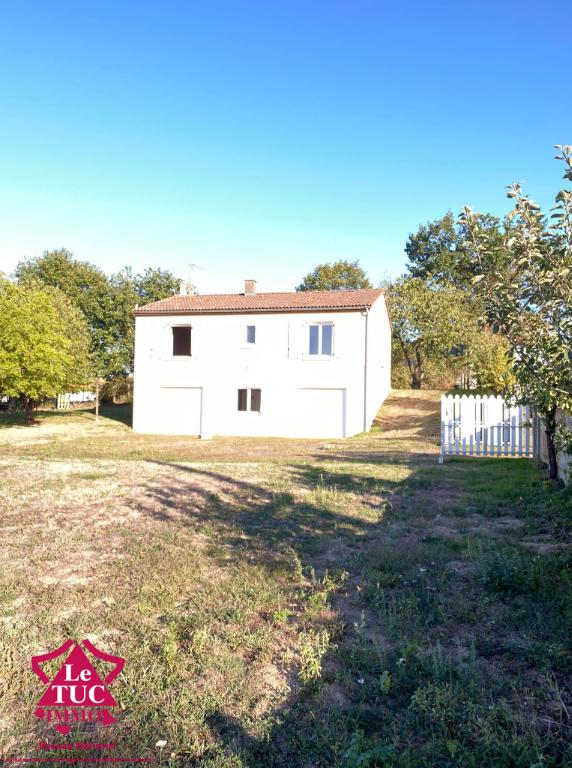 Maison Nueil Les Aubiers 4 pièce(s) 80 m2