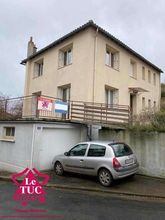 Maison Argentonnay 4 pièce(s) 137 m2