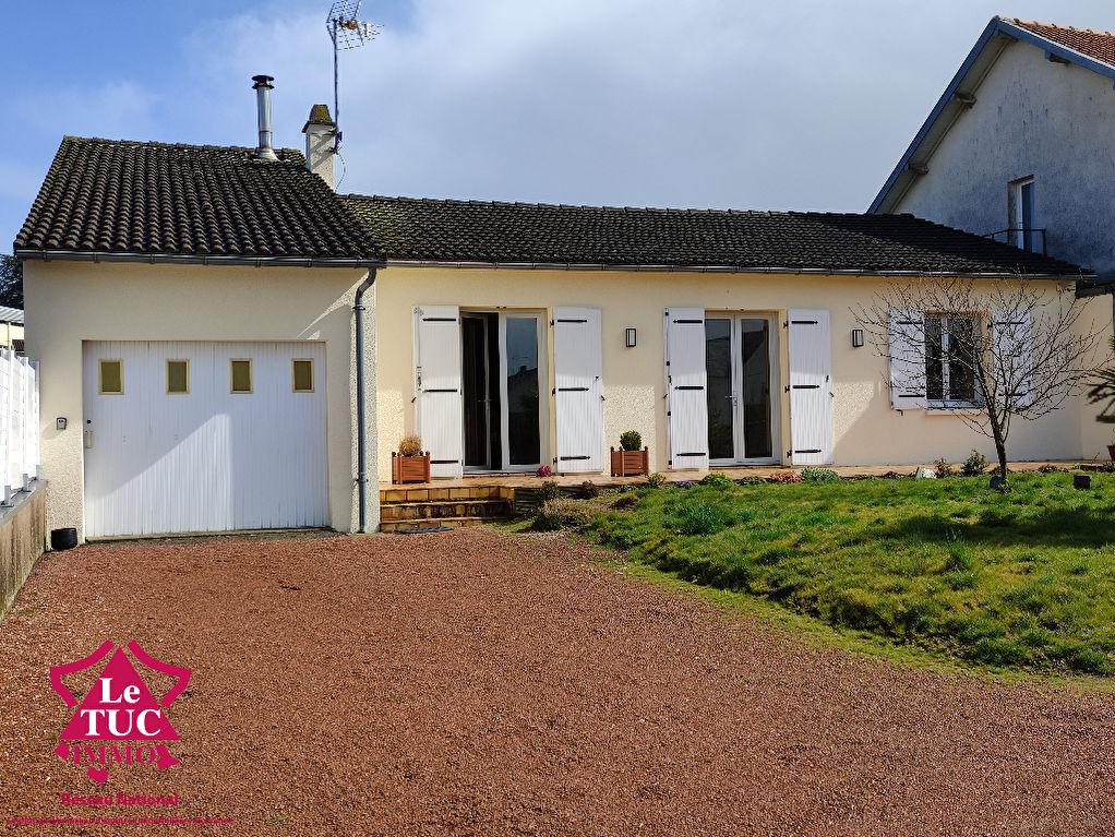 Maison Bressuire 4 pièce(s) 104.16 m2