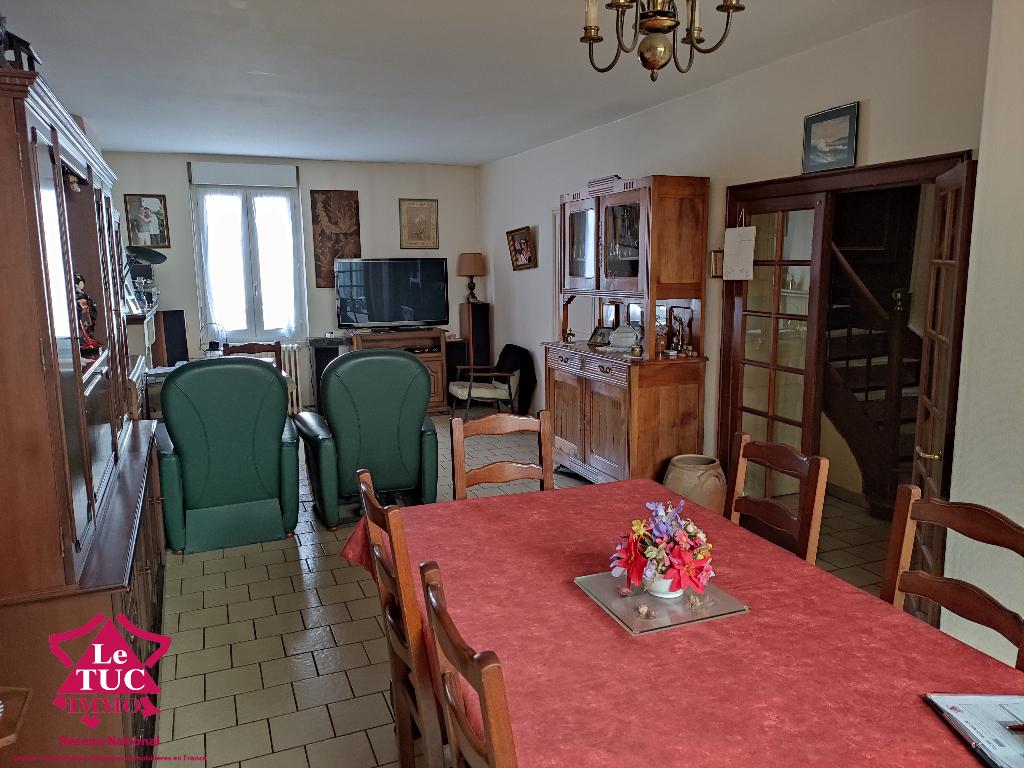 Maison  8 pièce(s) 160 m2