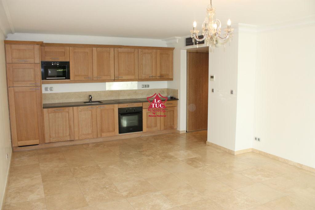 Appartement Cavalaire Sur Mer 3 pièce(s) 65.85 m2