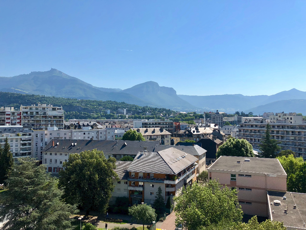 Appartement Chambery 1 pièce(s) 27 m2