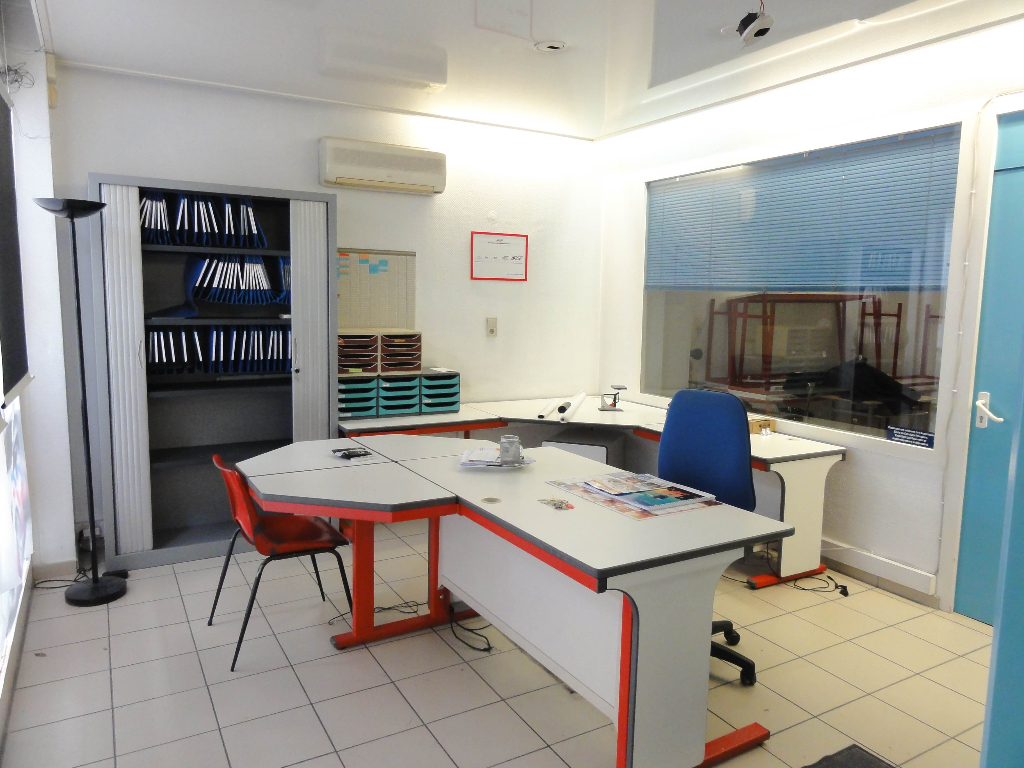 Local commercial Chambery 71 m2