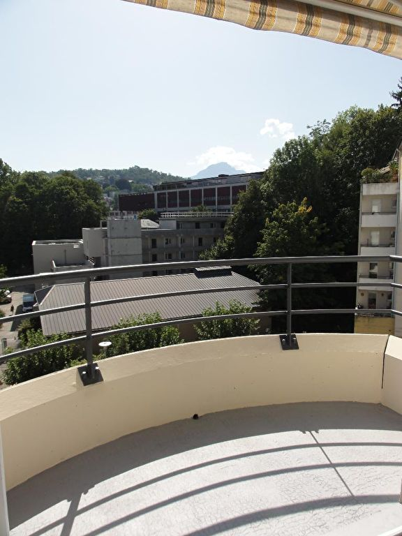 Appartement Chambery 2 pièce(s) 32 m2