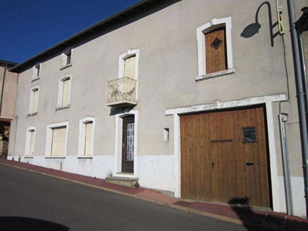 St Germain Laval 7mn  Maison 140 m²  3 chambres + bureau - terrain 250 m²