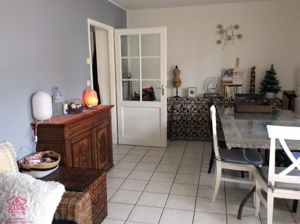 FEURS - Appartement avec terrasse