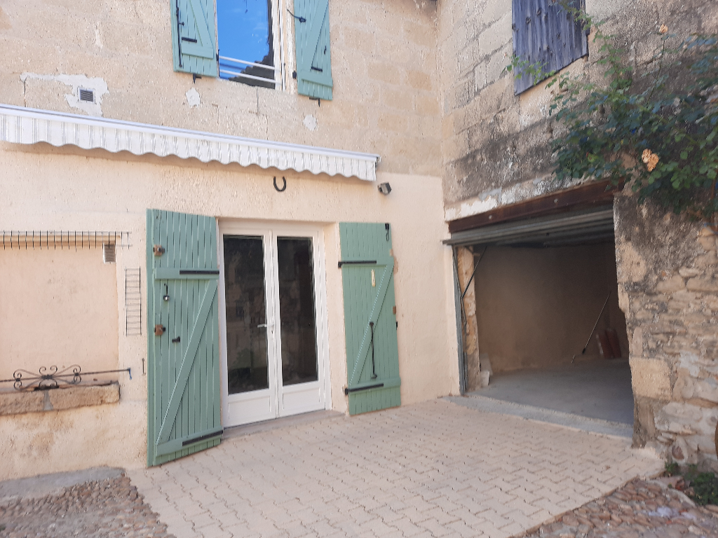 Maison de village P3 de 65 m2 + garage