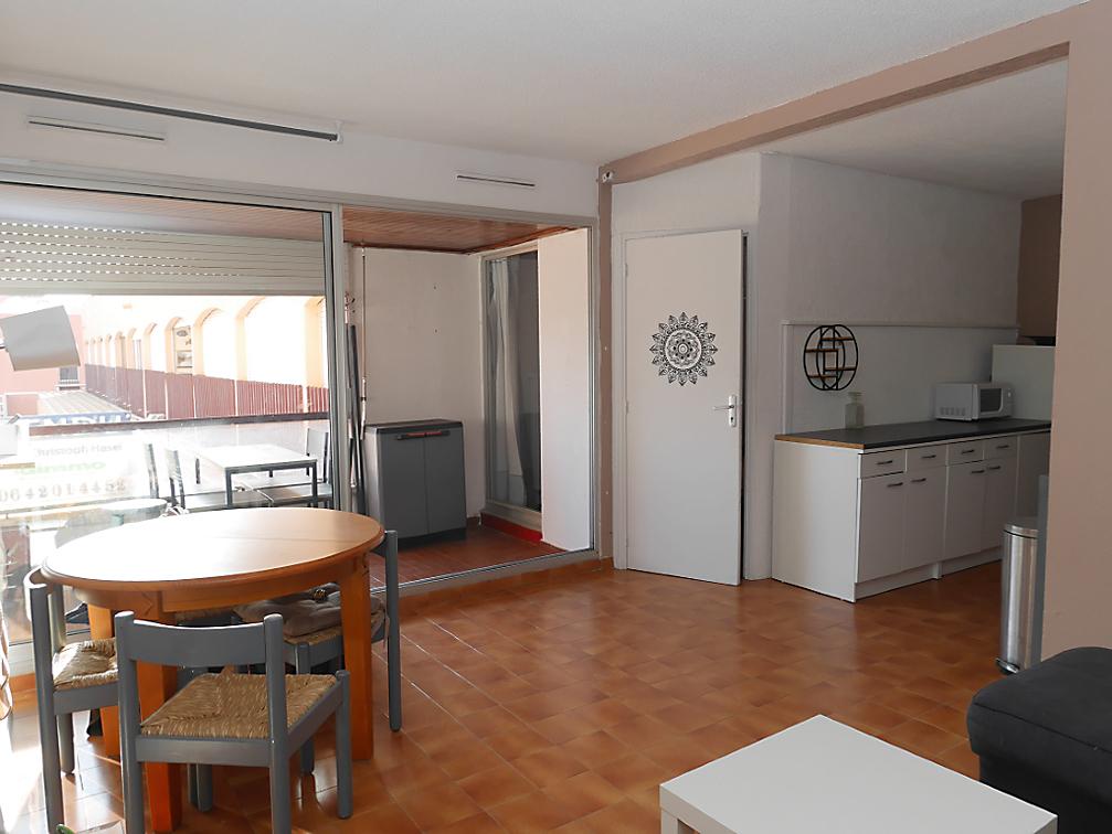 Appartement de 37 m2, 2ème étage, ascenseur, expo. Sud